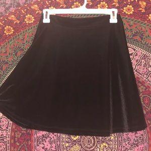 Dresses & Skirts - Velvet skater skirt!